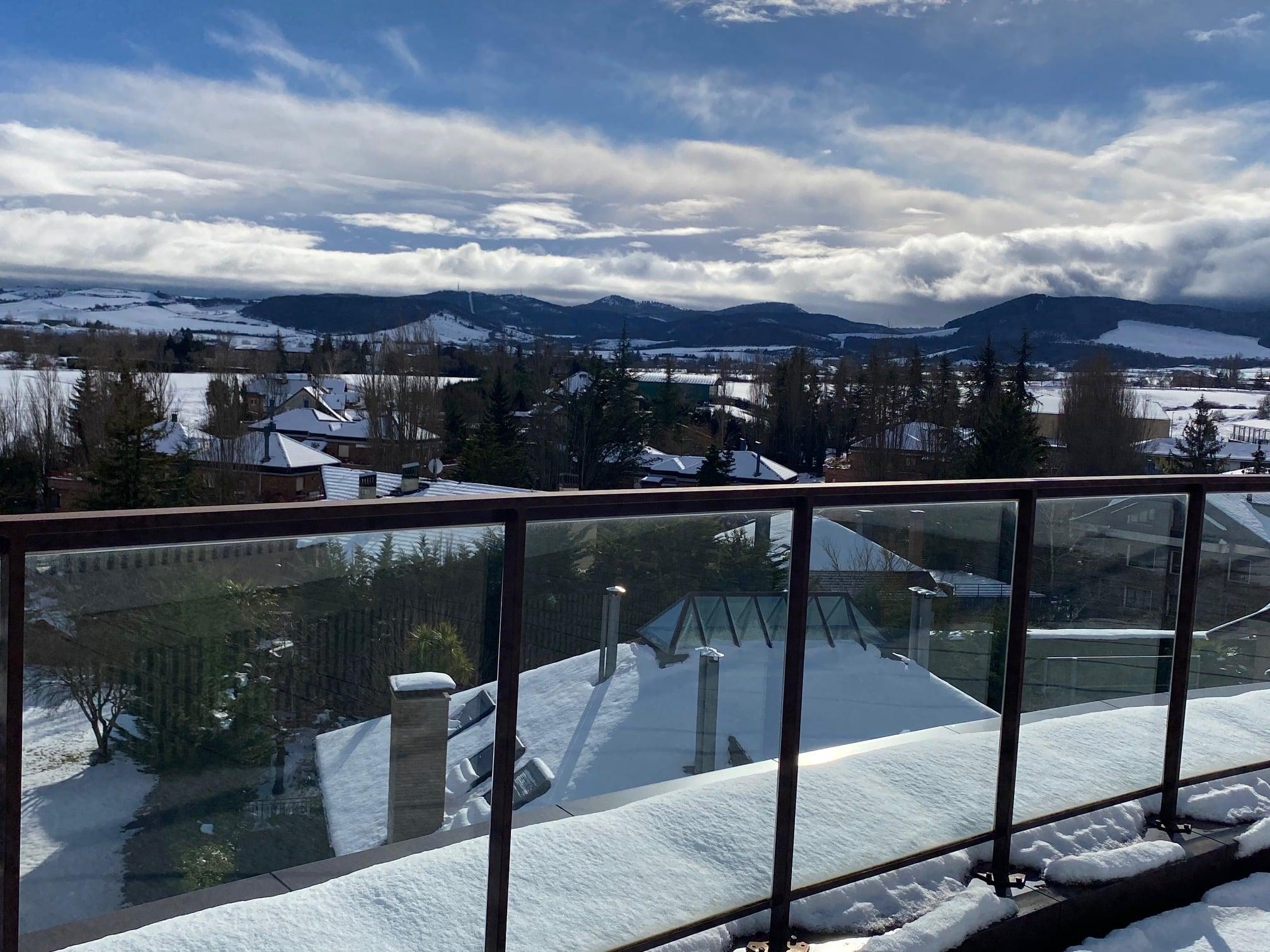 Nieve en Zenit Jardines de Uleta